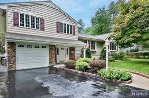 New Jersey Real estate - Property in RIVER VALE TOWNSHIP,NJ